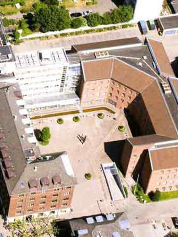 Udførelse af ny tagetage på Helleruphus.
