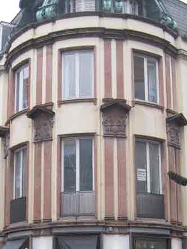 Renovering af bevaringsværdige bygninger inkl. ombygning af erhvervsarealer til 59 lejligheder.